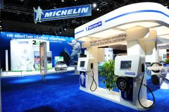 michelin_naias_2010_display_6